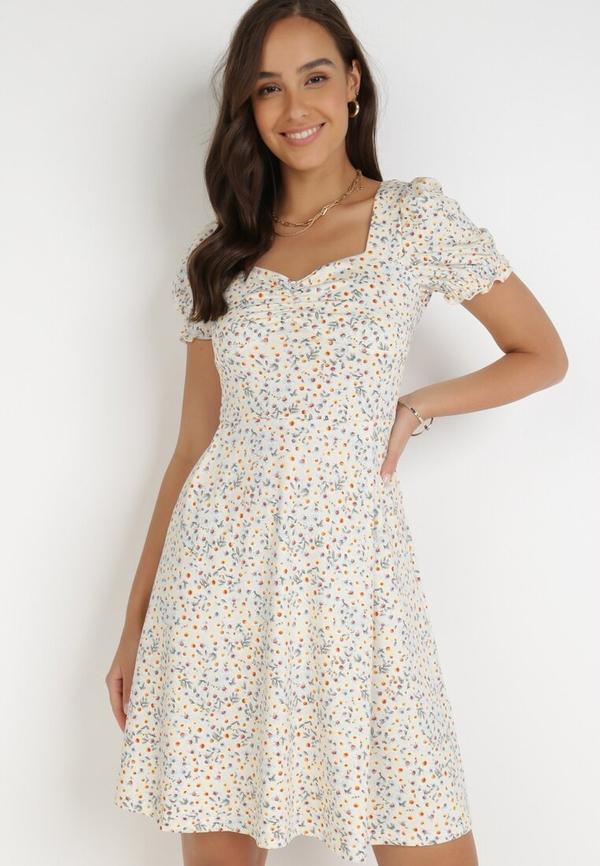 Sukienka born2be z krótkim rękawem z dekoltem w kształcie litery v trapezowa