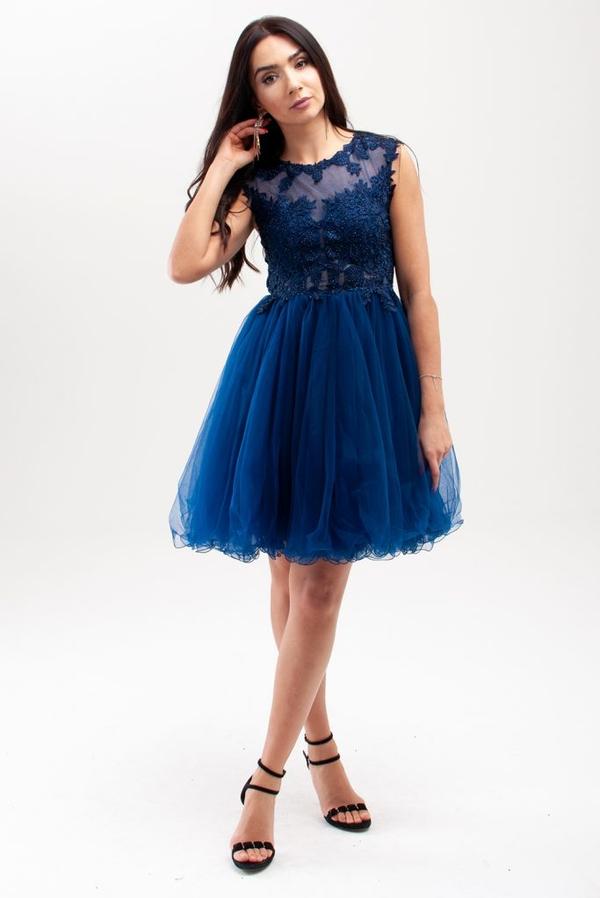Sukienka Butik Ecru z szyfonu rozkloszowana