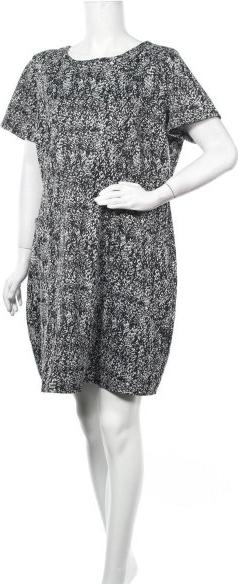Sukienka Capsule z okrągłym dekoltem w stylu casual z krótkim rękawem