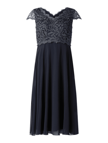 Sukienka Christian Berg Cocktail z krótkim rękawem z dekoltem w kształcie litery v z szyfonu