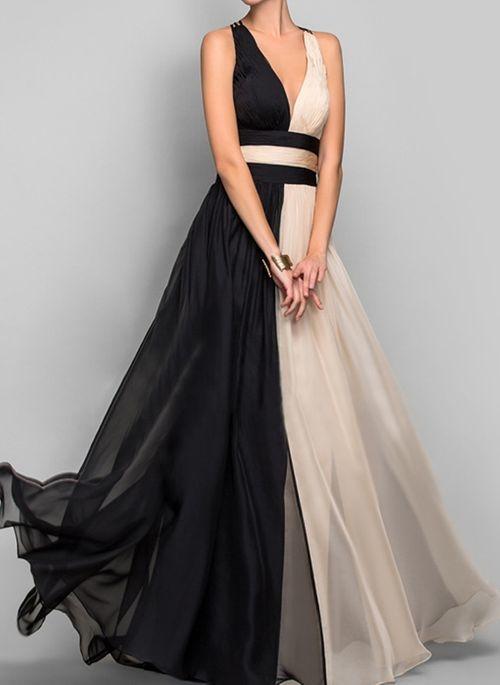 Sukienka Cikelly z dekoltem w kształcie litery v bez rękawów