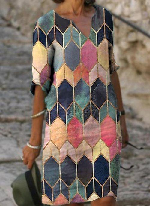 Sukienka Cikelly z dekoltem w kształcie litery v w stylu casual mini