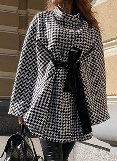 Sukienka Cikelly z długim rękawem z kołnierzykiem