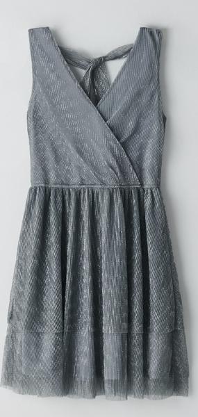 Sukienka Cropp bez rękawów mini z dekoltem w kształcie litery v