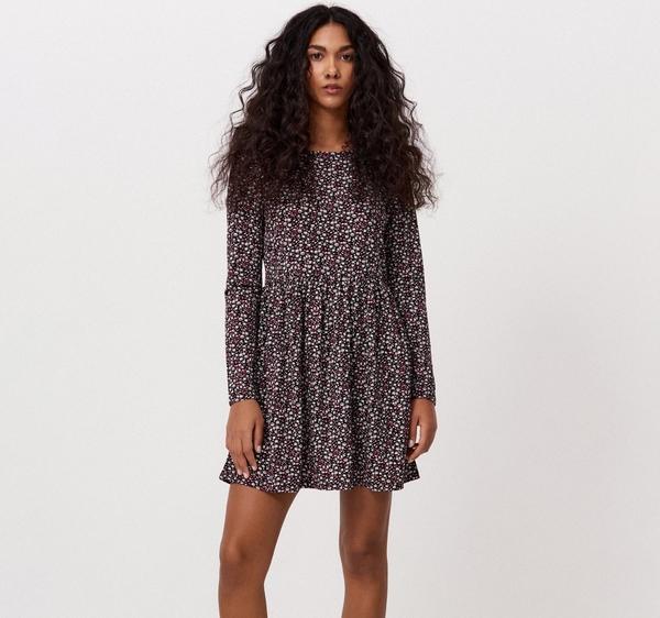 Sukienka Cropp z długim rękawem w stylu casual mini