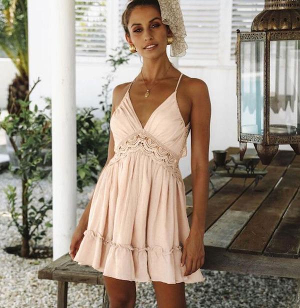 Sukienka DAFNIS z dekoltem na plecach