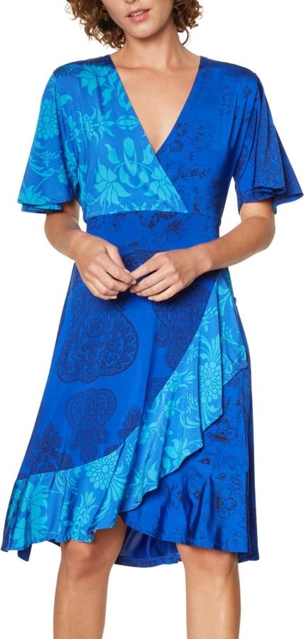 Sukienka Desigual w stylu casual z dekoltem w kształcie litery v z krótkim rękawem
