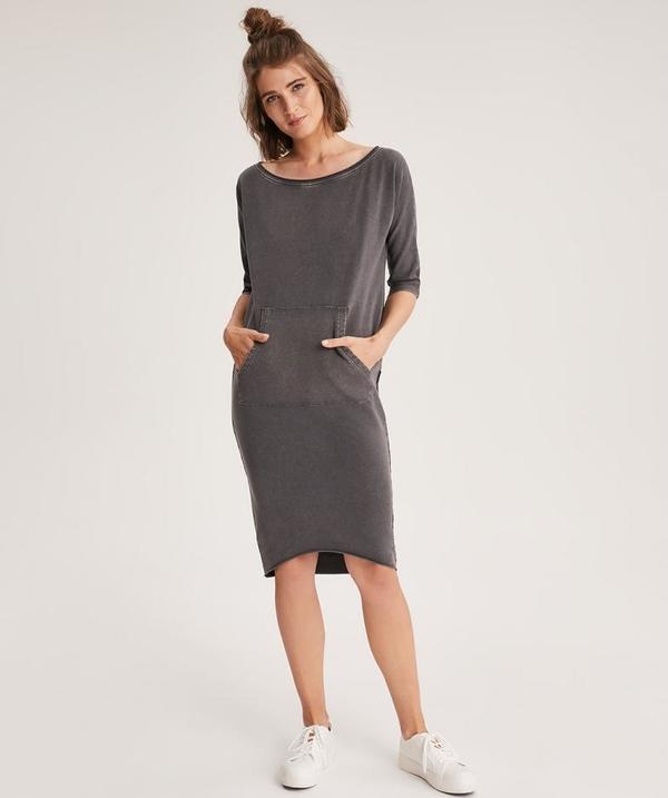 Sukienka Diverse w stylu casual z długim rękawem