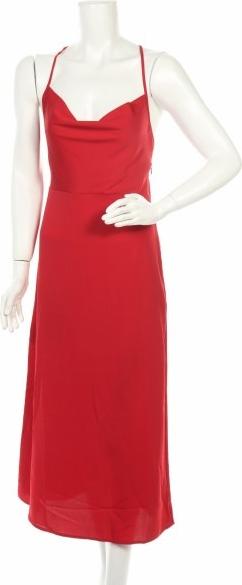 Sukienka Fashion Union z dekoltem w kształcie litery v na ramiączkach