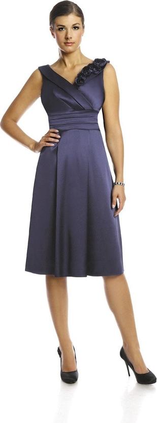 Sukienka Fokus midi z satyny