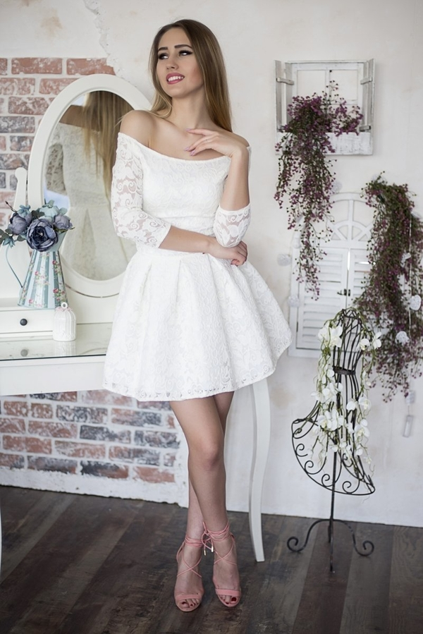 Sukienka Fokus mini z długim rękawem