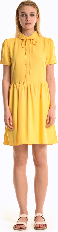 Sukienka Gate w stylu casual koszulowa z krótkim rękawem