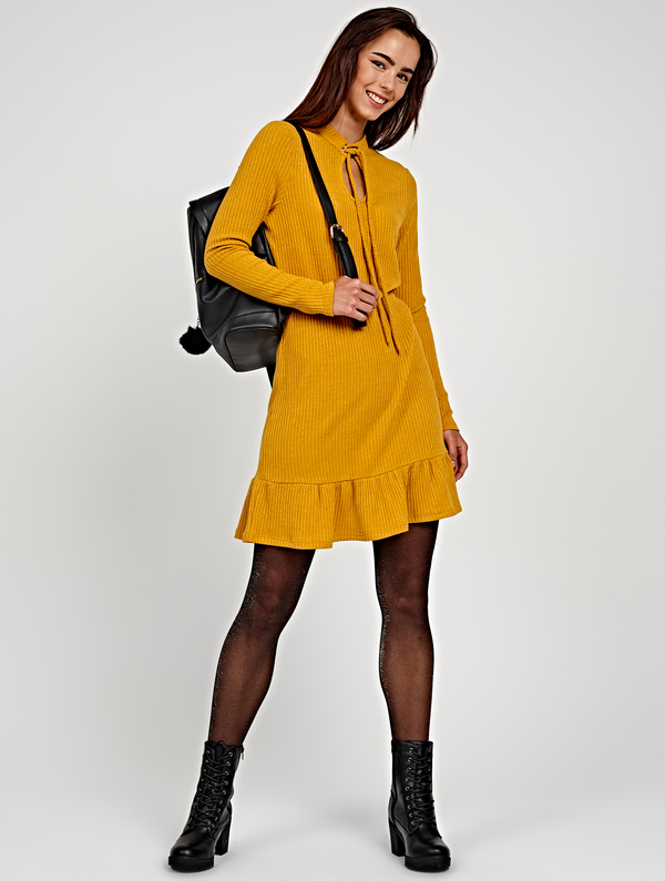 Sukienka Gate z długim rękawem prosta w stylu casual
