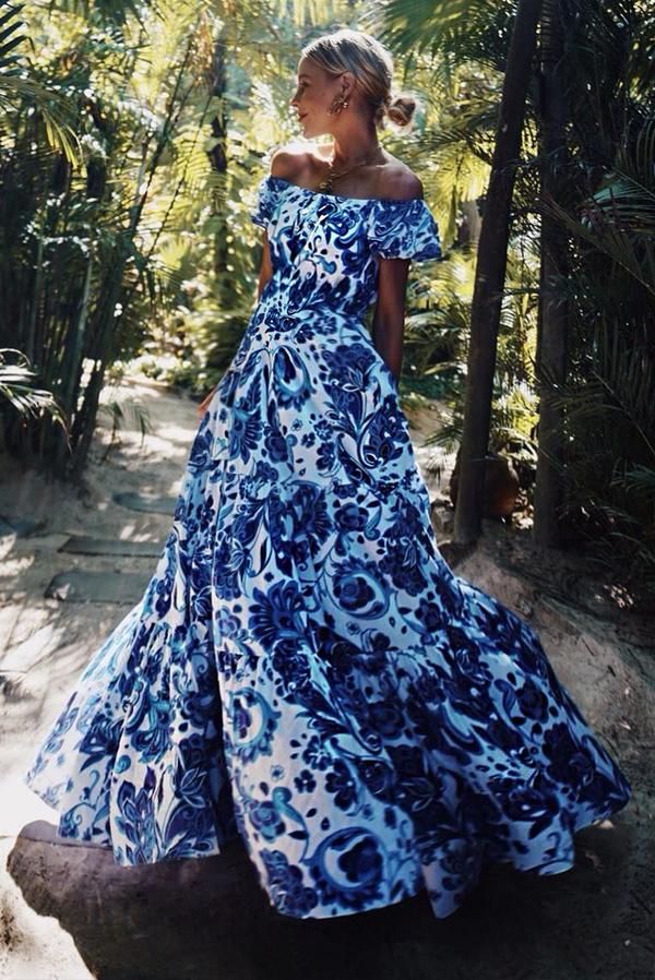 Sukienka Ivet.pl z krótkim rękawem