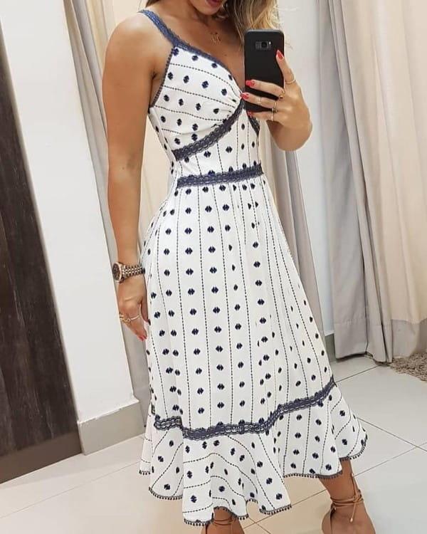 Sukienka Kendallme na ramiączkach z dekoltem w kształcie litery v maxi