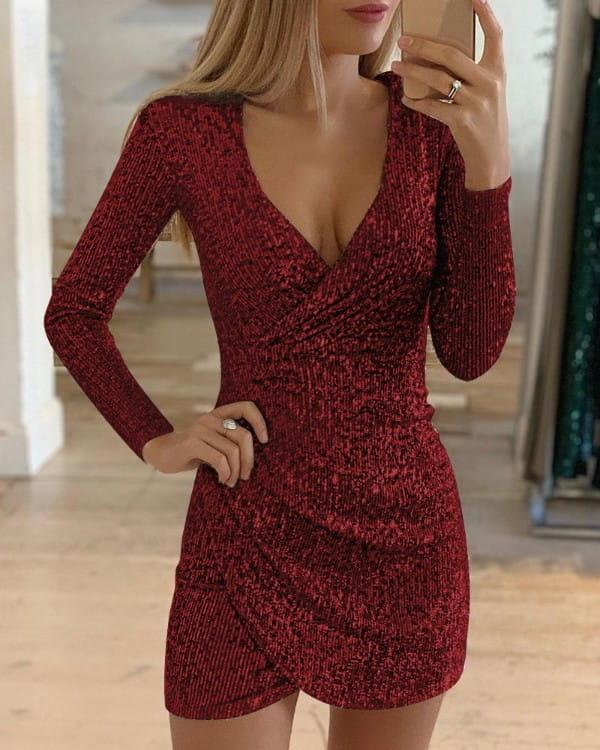 Sukienka Kendallme w stylu casual z dekoltem w kształcie litery v mini