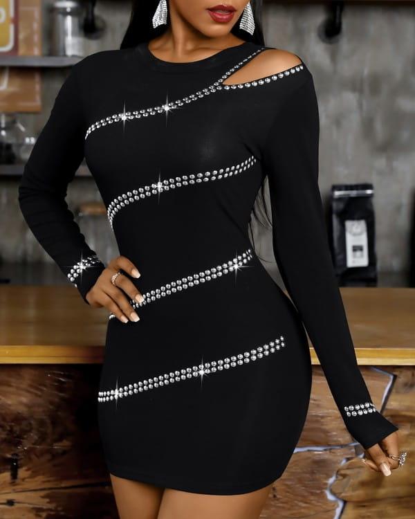 Sukienka Kendallme z długim rękawem dopasowana mini