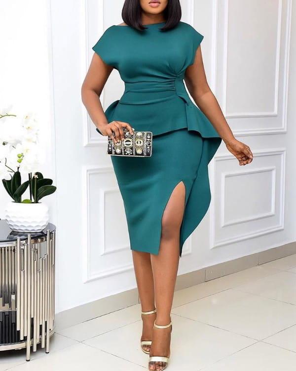 Sukienka Kendallme z krótkim rękawem z okrągłym dekoltem