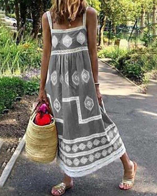 Sukienka Kendallme z okrągłym dekoltem na ramiączkach