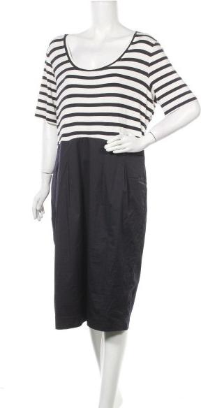 Sukienka M.I.M z długim rękawem w stylu casual midi