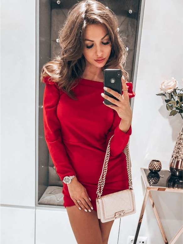Sukienka magmac.pl mini z długim rękawem dopasowana