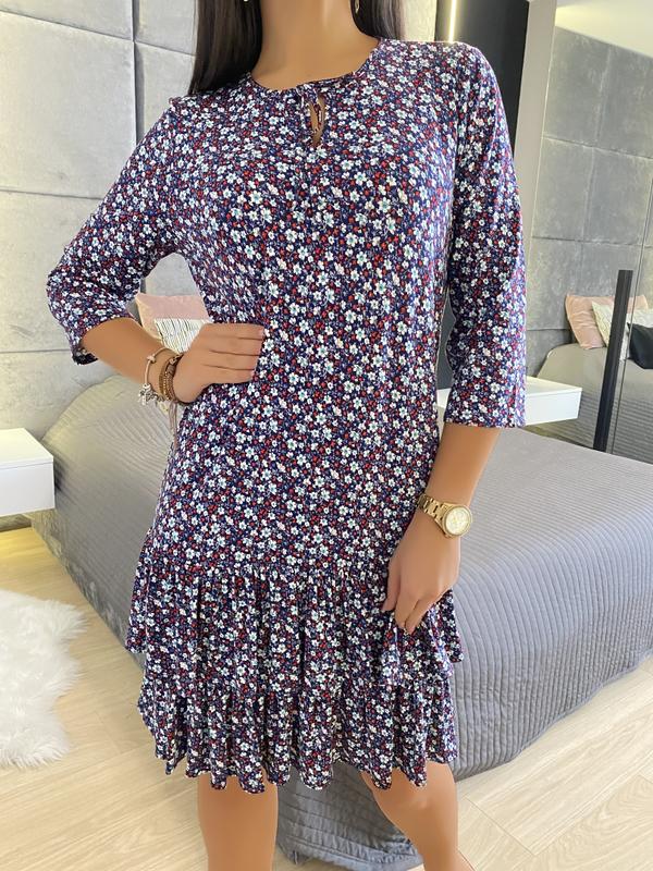 Sukienka ModnaKiecka.pl w stylu casual z długim rękawem z okrągłym dekoltem
