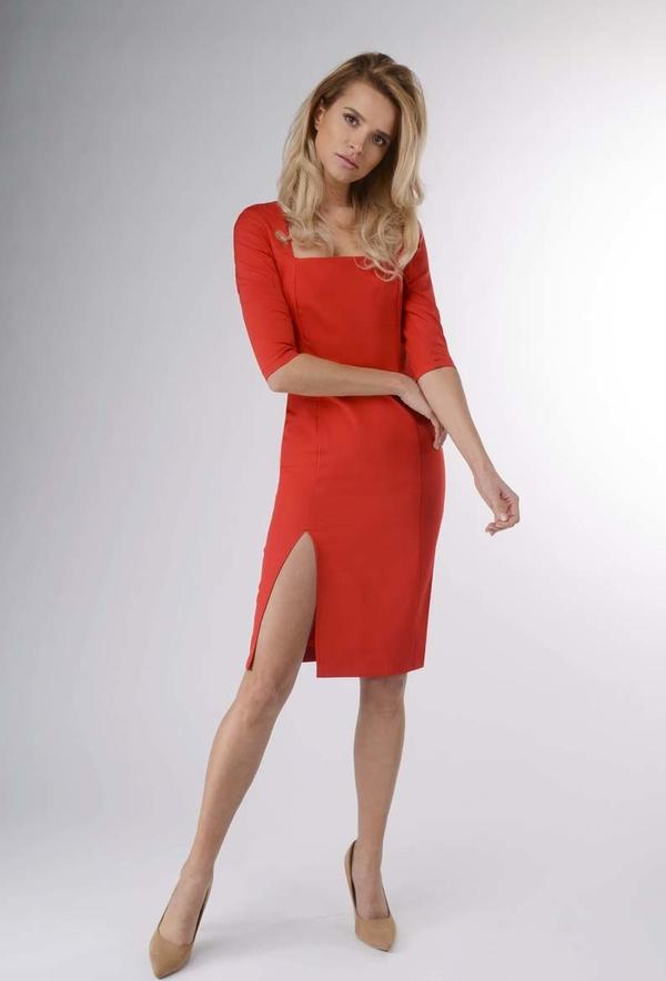 Sukienka Nommo ołówkowa z długim rękawem