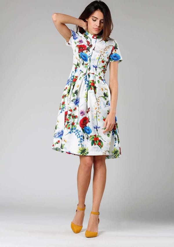 Sukienka Nommo z krótkim rękawem w stylu casual midi