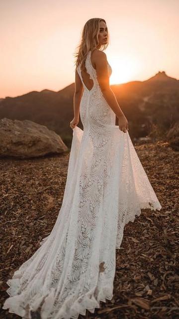 Sukienka noshame z dekoltem halter bez rękawów