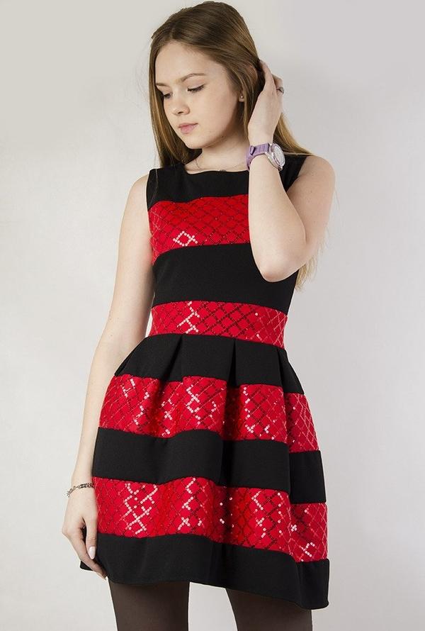 Sukienka Olika bombka w stylu glamour bez rękawów