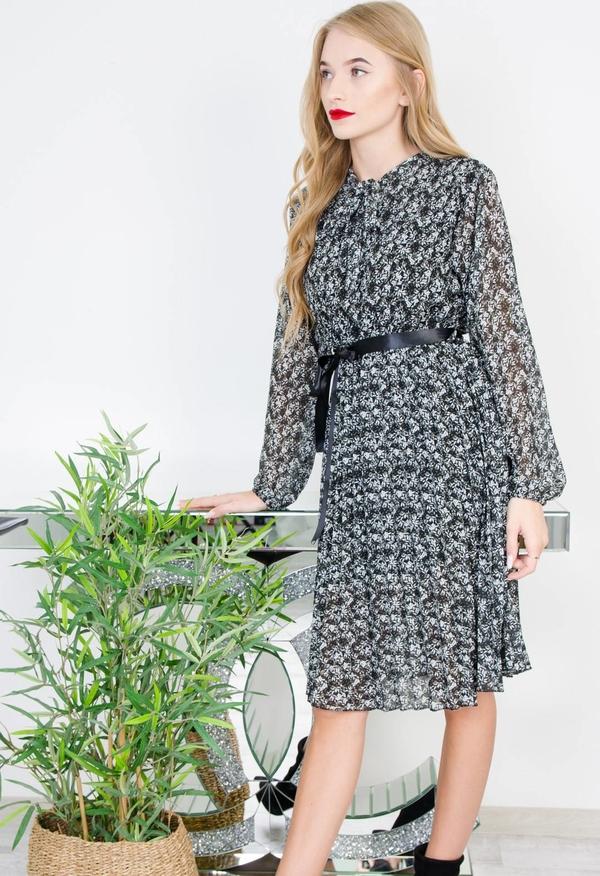 Sukienka Olika midi z długim rękawem