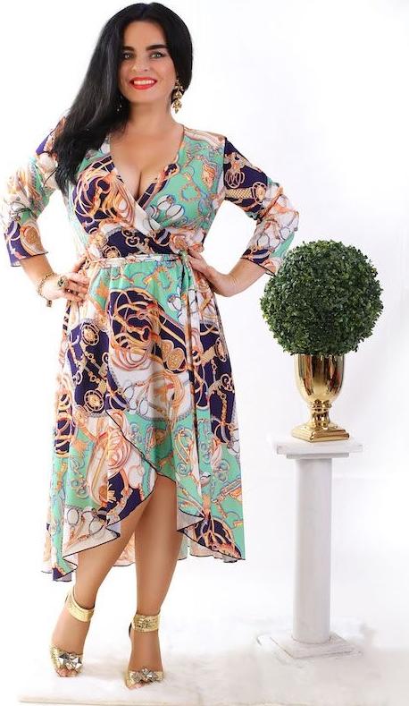 Sukienka Oscar Fashion z dekoltem w kształcie litery v dla puszystych maxi