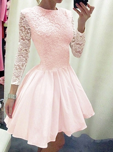 Sukienka Pakuten na wesele z okrągłym dekoltem mini