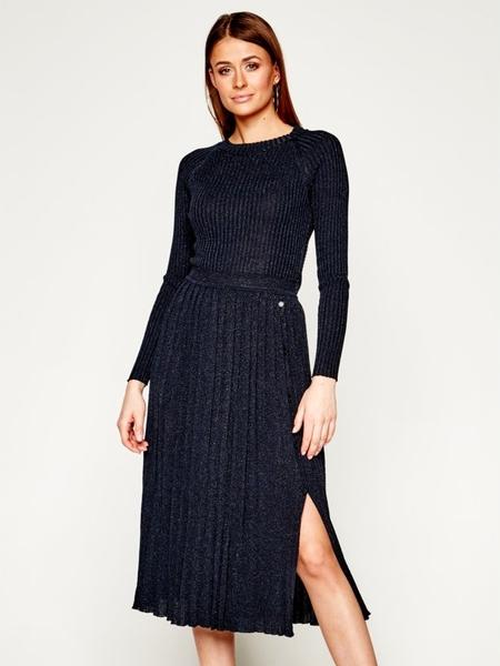 Sukienka Pinko z długim rękawem midi w stylu casual
