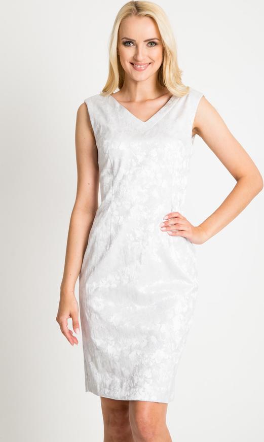Sukienka QUIOSQUE z dekoltem w kształcie litery v