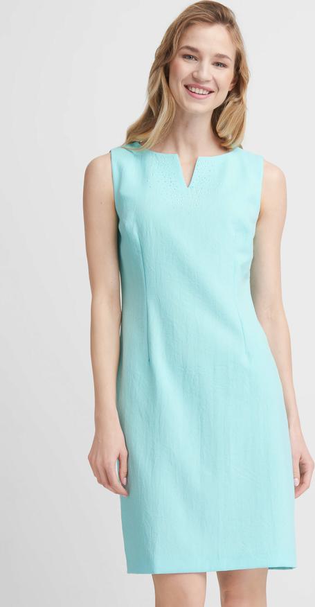 Sukienka QUIOSQUE z dekoltem w kształcie litery v w stylu casual prosta