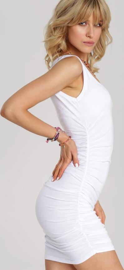 Sukienka Renee bez rękawów dopasowana mini