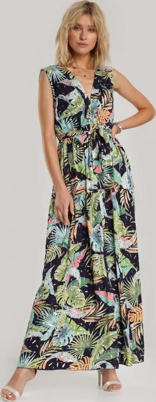 Sukienka Renee bez rękawów z dekoltem w kształcie litery v