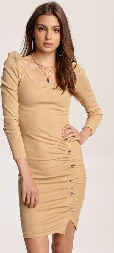 Sukienka Renee dopasowana w stylu casual