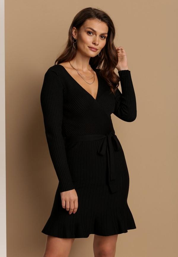 Sukienka Renee w stylu casual mini z długim rękawem