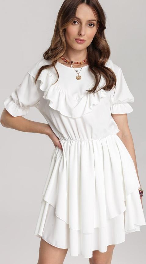Sukienka Renee z krótkim rękawem w stylu casual mini