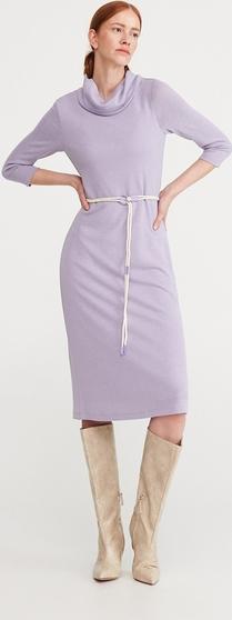 Sukienka Reserved midi w stylu casual