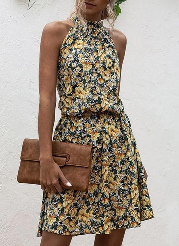 Sukienka Sandbella w stylu casual bez rękawów mini