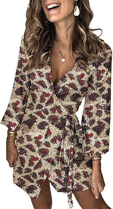 Sukienka Sandbella z dekoltem w kształcie litery v z długim rękawem