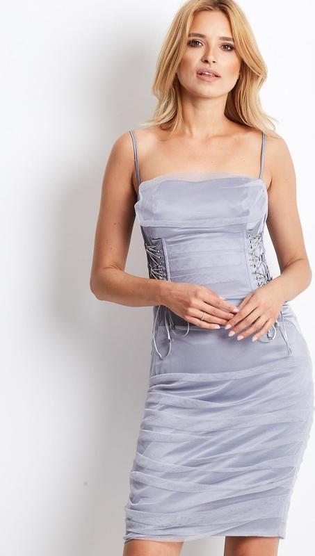 Sukienka Sheandher.pl na ramiączkach dopasowana hiszpanka