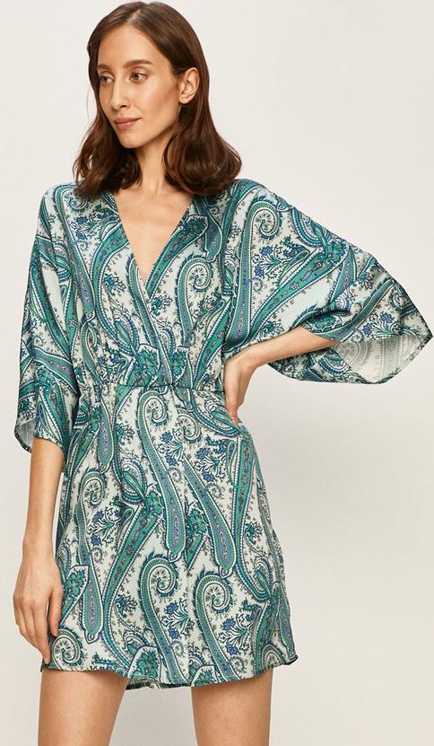 Sukienka Silvian Heach z dekoltem w kształcie litery v mini z tkaniny