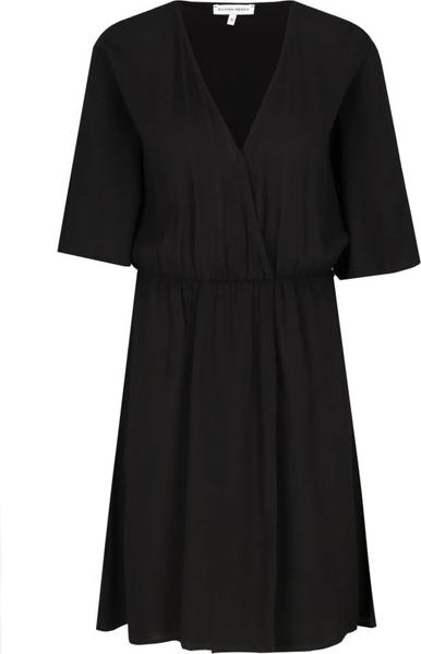 Sukienka Silvian Heach z krótkim rękawem mini w stylu casual