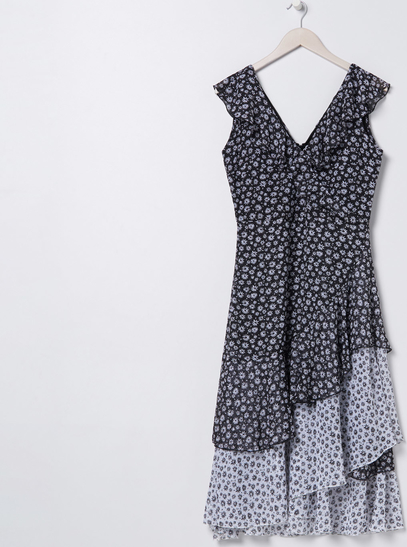 Sukienka Sinsay midi bez rękawów