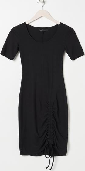 Sukienka Sinsay prosta z okrągłym dekoltem mini