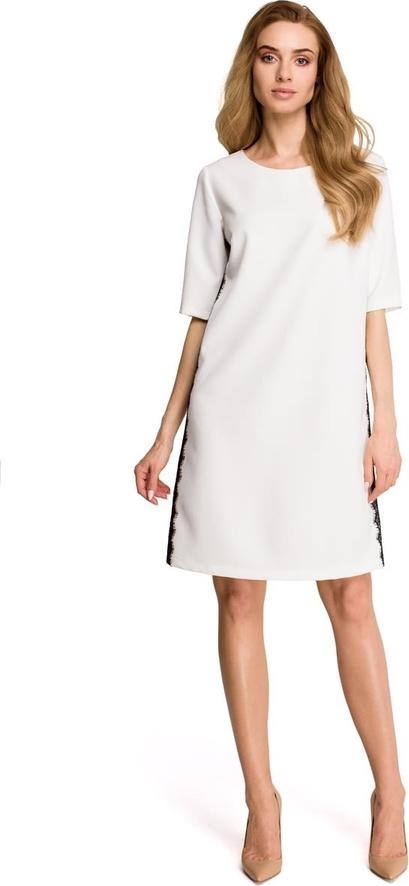 Sukienka Stylove z krótkim rękawem z okrągłym dekoltem midi